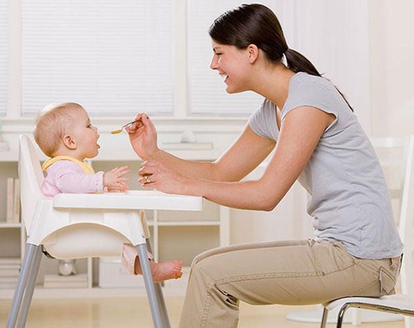 صندلی غذاخوری کودک